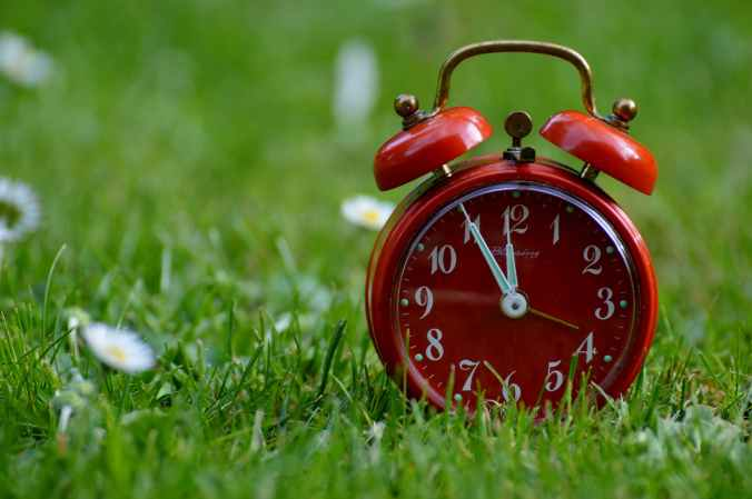 the-eleventh-hour-disaster-alarm-clock-clock